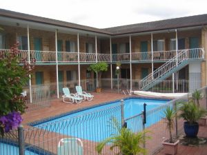 The Coasters Motel - Accommodation Coffs Harbour