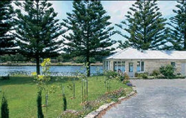 The Douglas - Accommodation Coffs Harbour