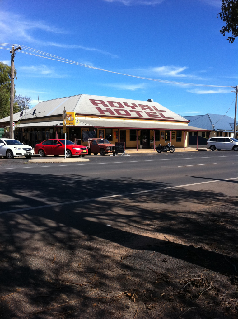 Royal Hotel Narromine - Accommodation Coffs Harbour