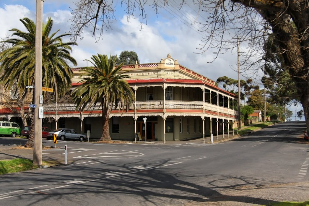 The Midland Hotel Castlemaine - Accommodation Coffs Harbour