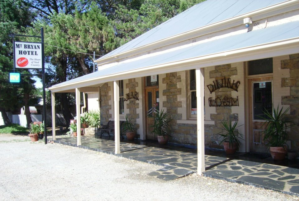 Mount Bryan Hotel - Accommodation Coffs Harbour