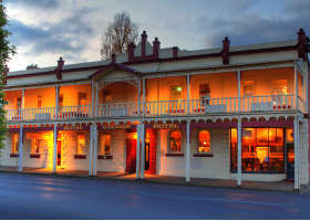 Royal George Hotel - Accommodation Coffs Harbour