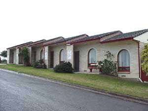 Oyster Court Motel - Accommodation Coffs Harbour