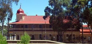 Peterborough Railway Hotel - Accommodation Coffs Harbour