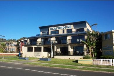 Beach House Mollymook - Accommodation Coffs Harbour