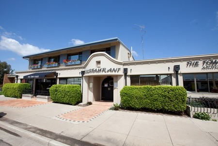 The Town House Motor Inn - Sundowner Goondiwindi - Accommodation Coffs Harbour