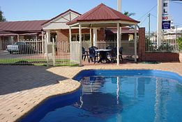 Roma Mid Town Motor Inn - Accommodation Coffs Harbour