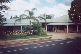 Clermont Motor Inn - Accommodation Coffs Harbour