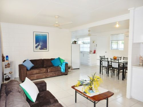 Lucinda Holiday Rentals  - Accommodation Coffs Harbour