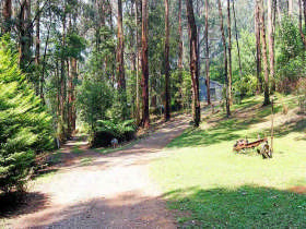 Hill 'n' Dale Farm Cottages - Accommodation Coffs Harbour