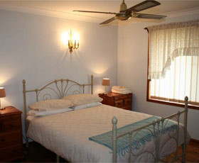 Caits Cottage Bed And Breakfast - Accommodation Coffs Harbour