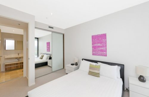 Astra Apartments Canberra - Accommodation Coffs Harbour