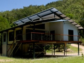 Creek Valley Rainforest Retreat - Accommodation Coffs Harbour