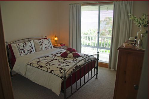 Sunsets Cottage - Accommodation Coffs Harbour
