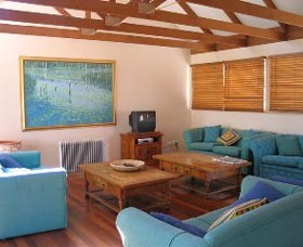 Kent Gardens Holiday House - Accommodation Coffs Harbour
