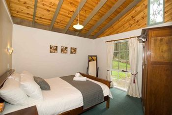 Hill aposNapos Dale Farm Cottages - Accommodation Coffs Harbour