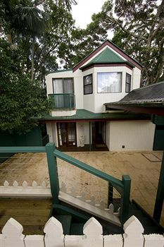 Montville Attic - Accommodation Coffs Harbour