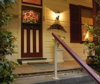 Chalet Blue Mountains - Accommodation Coffs Harbour