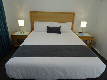 Best Western Fawkner Suites amp Serviced Apartments - Accommodation Coffs Harbour
