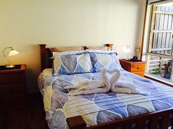 Australian Home Away  East Doncaster Andersons Creek 1 - Accommodation Coffs Harbour