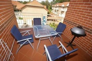 North Ryde 64 Cull Furnished Apartment - Accommodation Coffs Harbour
