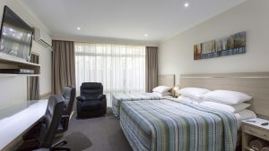 BEST WESTERN Aspen and Apartments - Accommodation Coffs Harbour