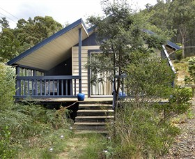 Huon Charm Waterfront Cottage - Accommodation Coffs Harbour