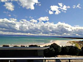 Freycinet Beach Apartments