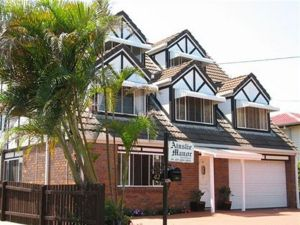 Ainslie Manor BandB - Accommodation Coffs Harbour
