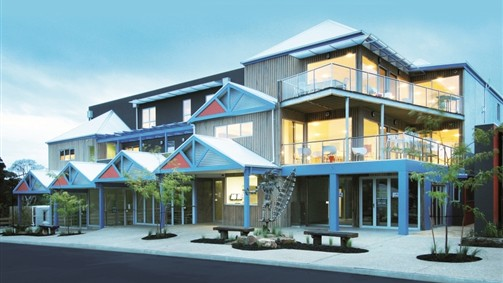 The Island Accommodation - Phillip Island YHA - Accommodation Coffs Harbour