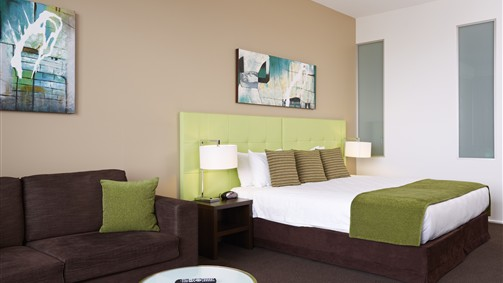 Mercure Melbourne Caroline Springs - Accommodation Coffs Harbour