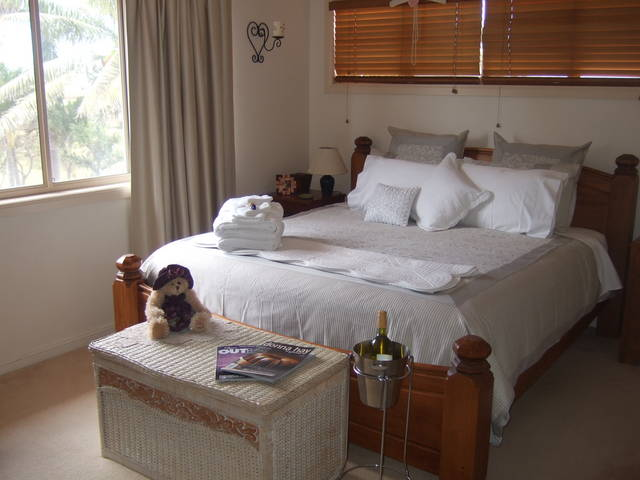 Ayr Bed and Breakfast on McIntyre - Accommodation Coffs Harbour