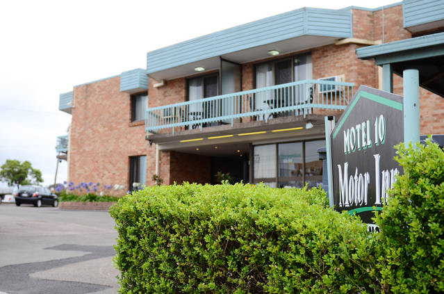 Motel 10 - Accommodation Coffs Harbour