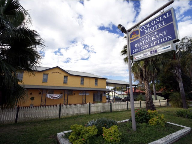 Colonial Motel - Accommodation Coffs Harbour