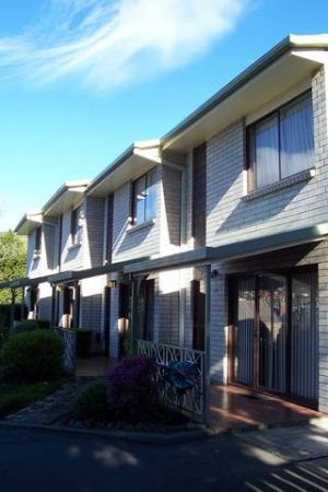 Davey Place Holiday Town Houses - Accommodation Coffs Harbour