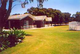 Highview Holiday Village Caravan Park - Accommodation Coffs Harbour