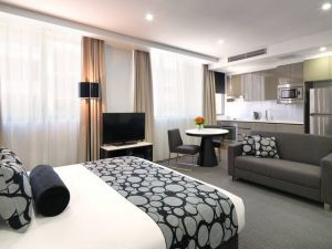 Meriton Serviced Apartments - North Ryde - Accommodation Coffs Harbour