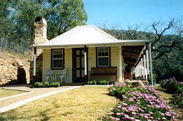 Price Morris Cottage - Accommodation Coffs Harbour