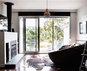 Polperro Winery Luxury Accommodation - Accommodation Coffs Harbour