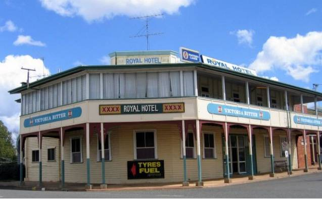 Royal Hotel Mundubbera - Accommodation Coffs Harbour