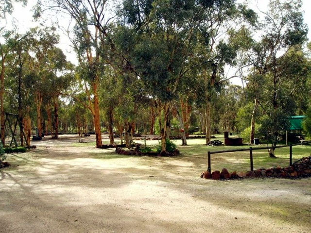 Toodyay Holiday Park  Chalets - Accommodation Coffs Harbour
