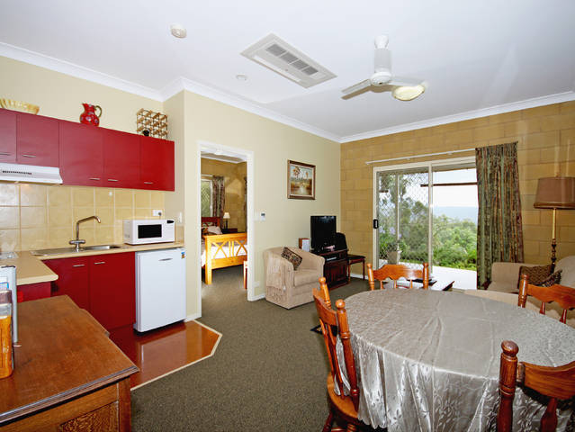 Wallaby Ridge Retreat - Accommodation Coffs Harbour