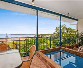 Beach View Holiday Villa - Accommodation Coffs Harbour