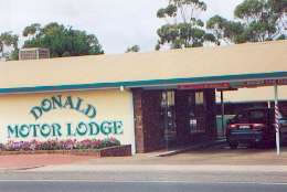 DONALD MOTOR LODGE - Accommodation Coffs Harbour