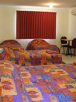 White Gums Motor Inn - Accommodation Coffs Harbour
