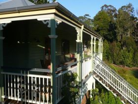 The Sanctuary Springbrook. Guest House / Cottage - Accommodation Coffs Harbour