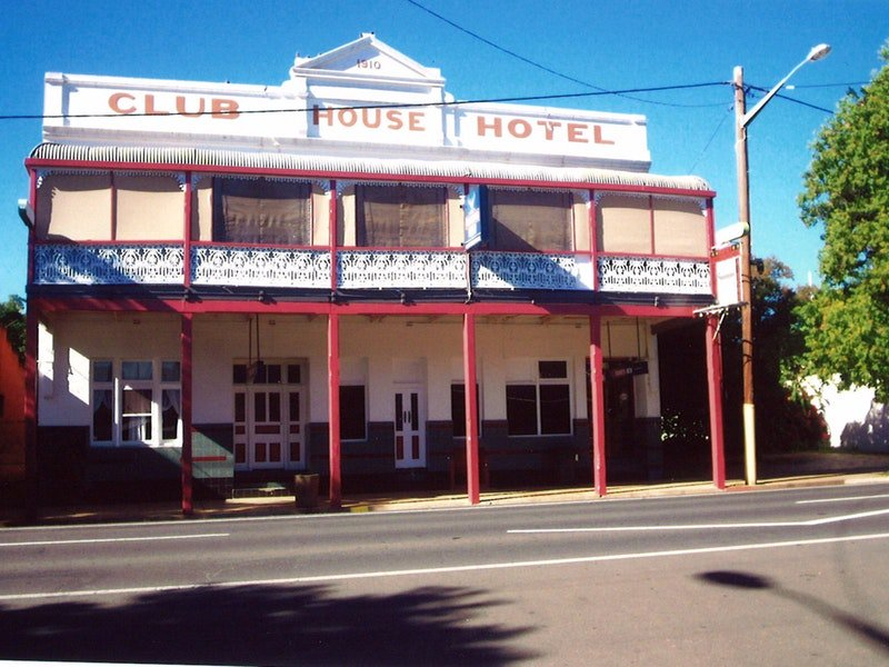 Club House Hotel - Accommodation Coffs Harbour