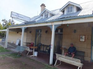 Marshall McMahon Inn - Accommodation Coffs Harbour