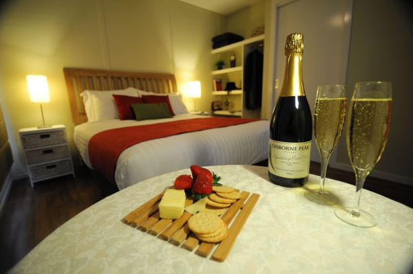Gisborne Peak Winery  Cottages - Accommodation Coffs Harbour