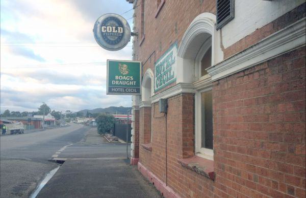 Cecil Hotel Zeehan - Accommodation Coffs Harbour